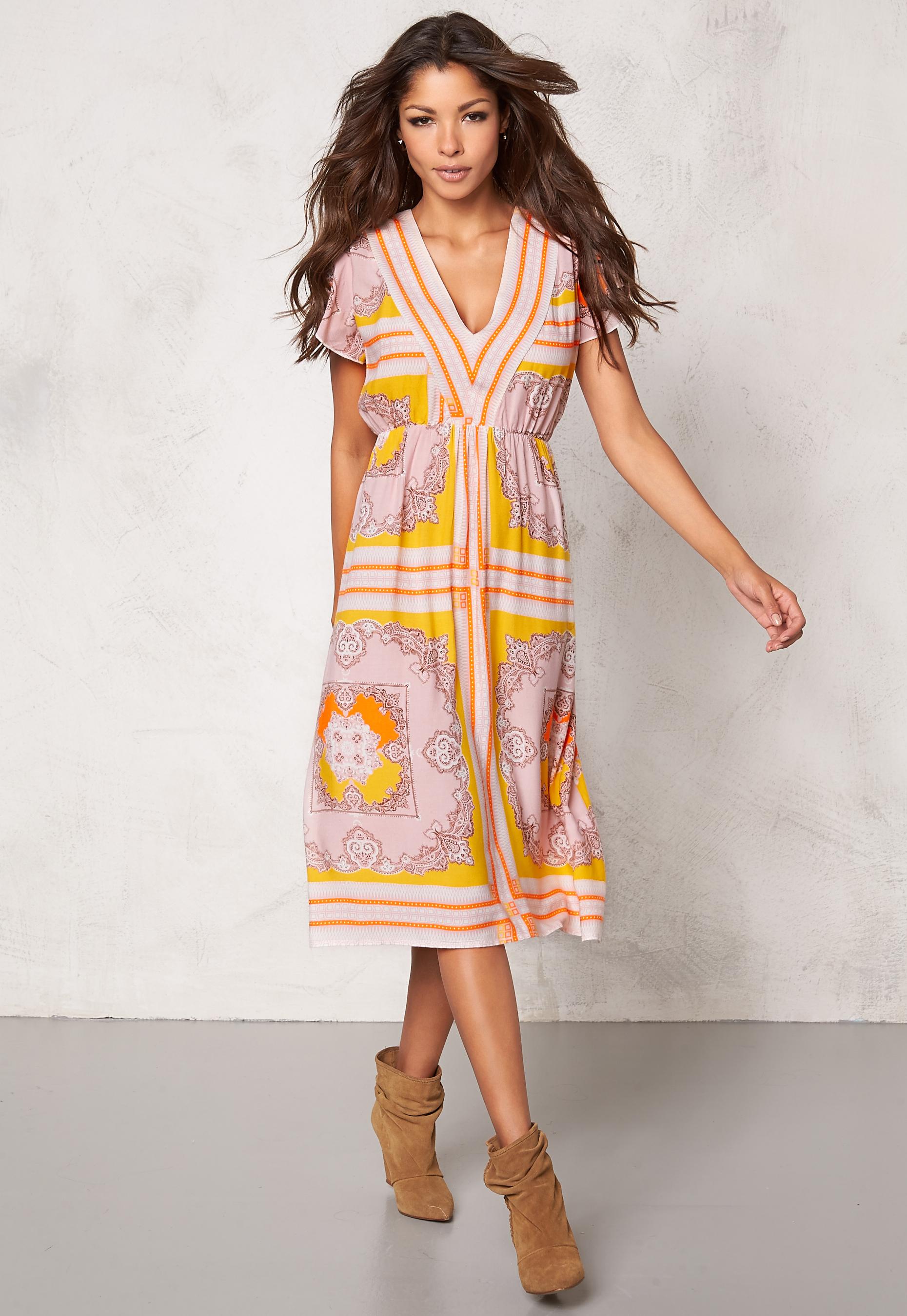 d8555a0dee9f Chiara Forthi Leoni Midi Dress Pastel colors - Bubbleroom