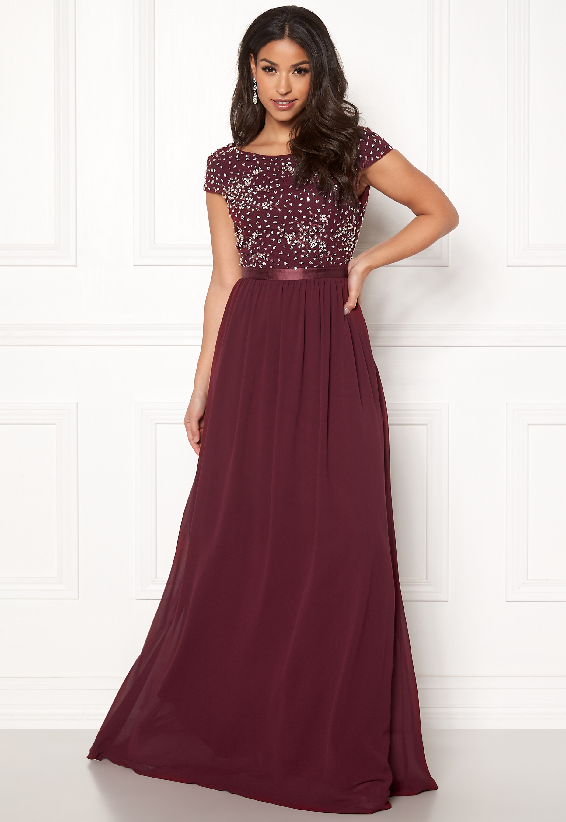 ba28bb5bfefd Chiara Forthi Viviere Sparkling Gown Wine-red - Bubbleroom