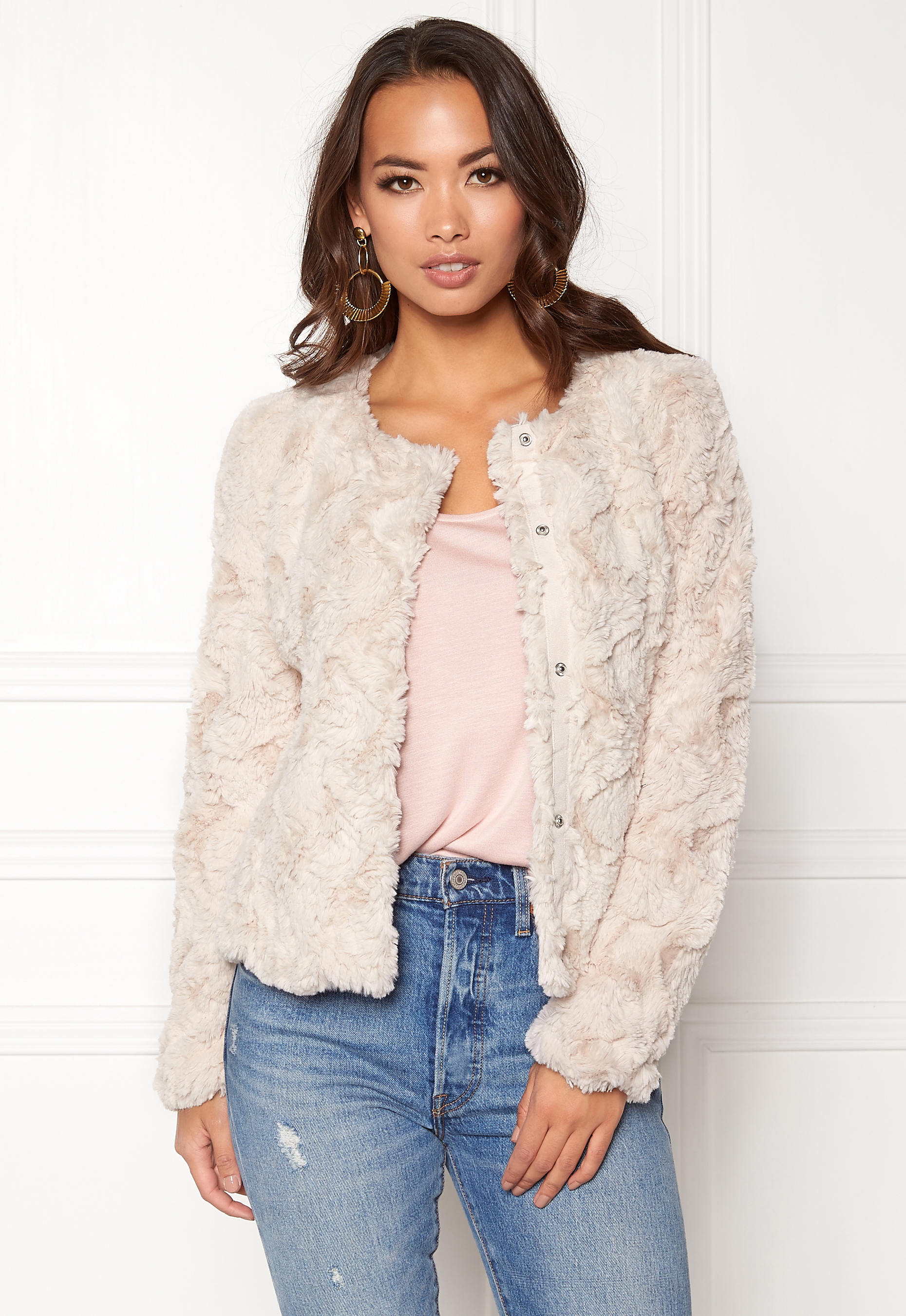 d91b9264f VERO MODA Curl Short Fake Fur Jacket Oatmeal - Bubbleroom