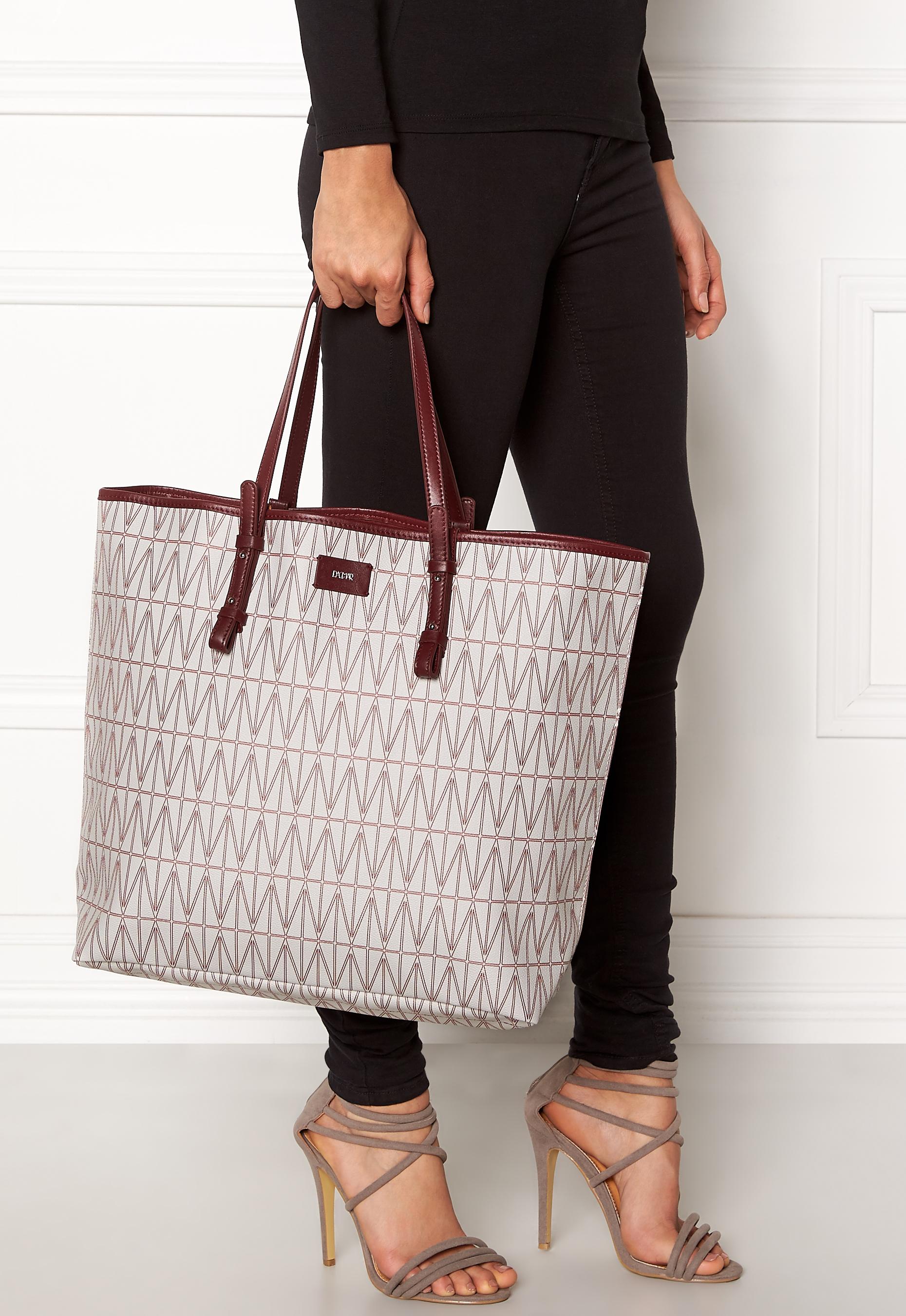 2df946fe5c DAGMAR Shopping Bag Light Grey - Bubbleroom