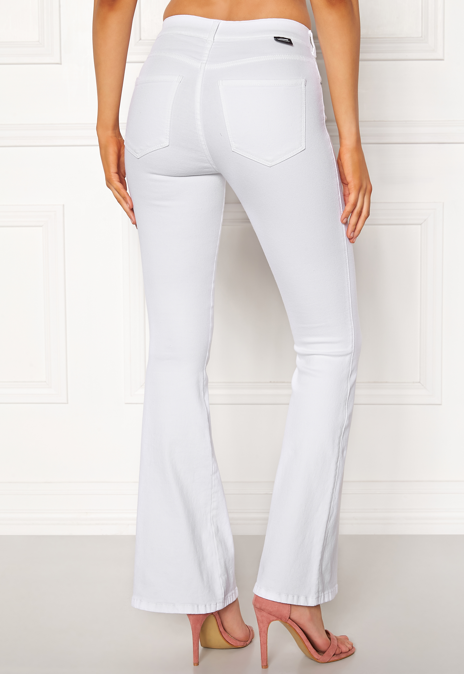 eae36b2196a Dr. Denim Macy White - Bubbleroom