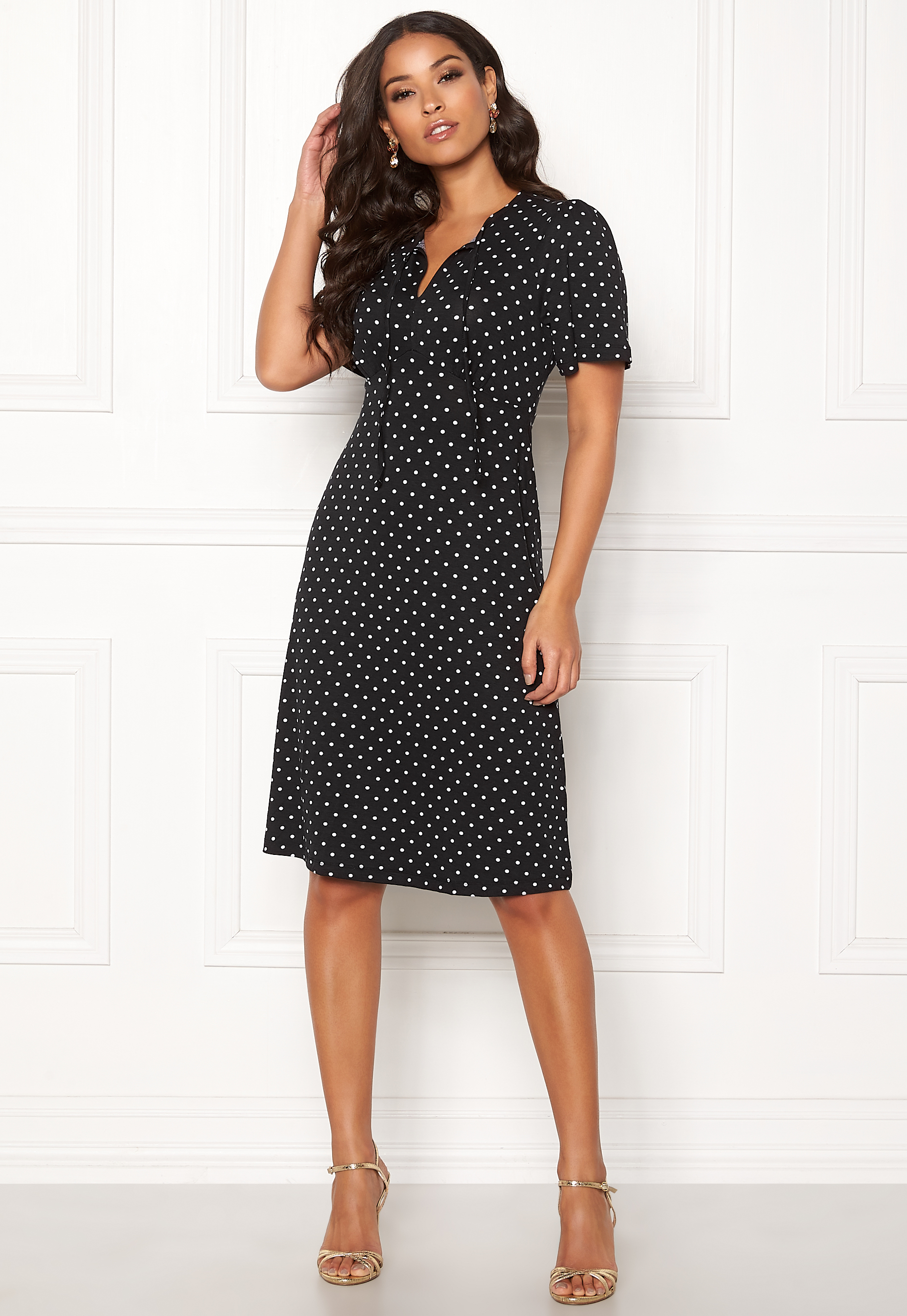 83bd03161384 Happy Holly Cora dress Dotted - Bubbleroom