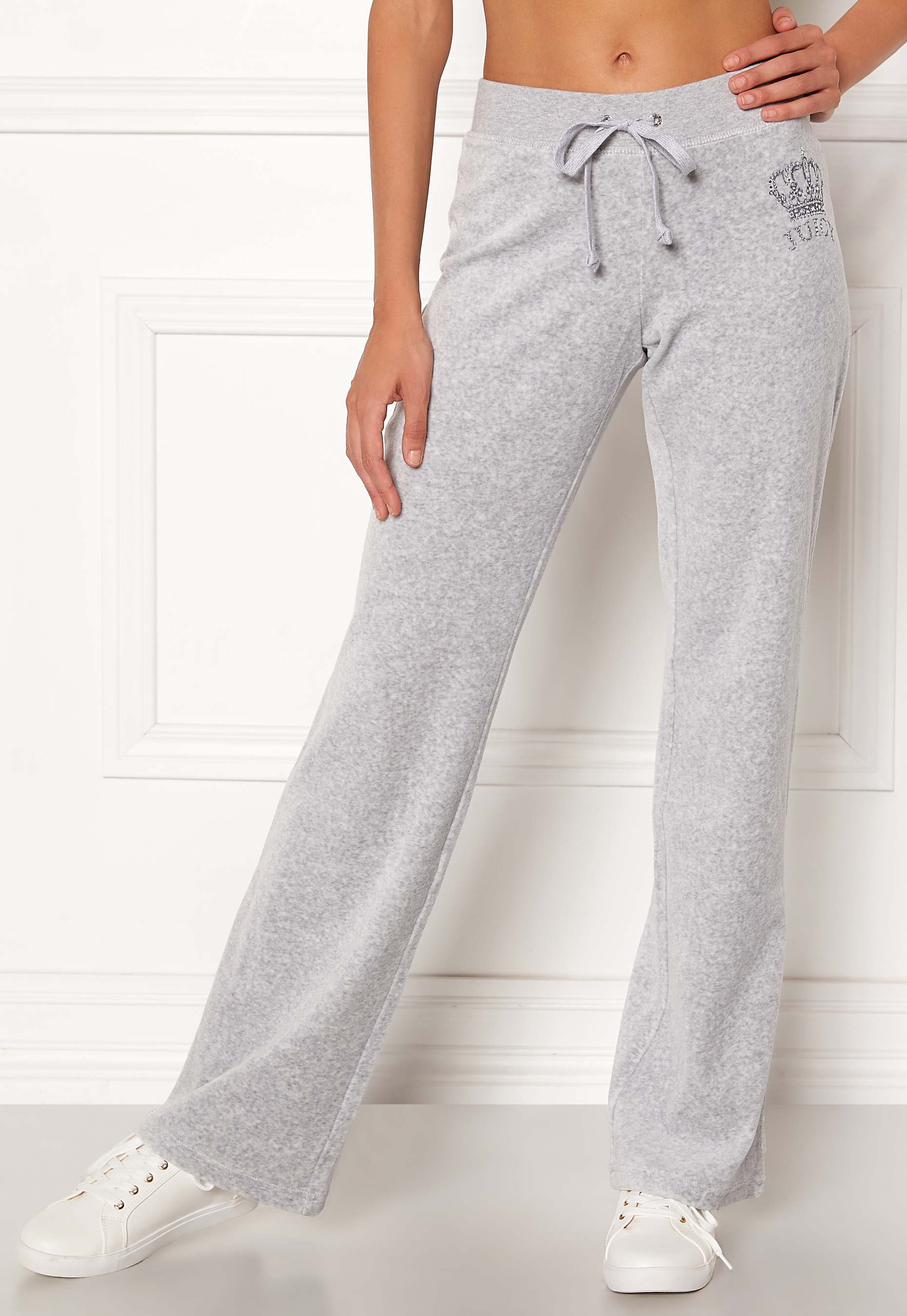 8a6b66ff4976 Juicy Couture Luxe Juicy Crown Pant Silver Lining - Bubbleroom