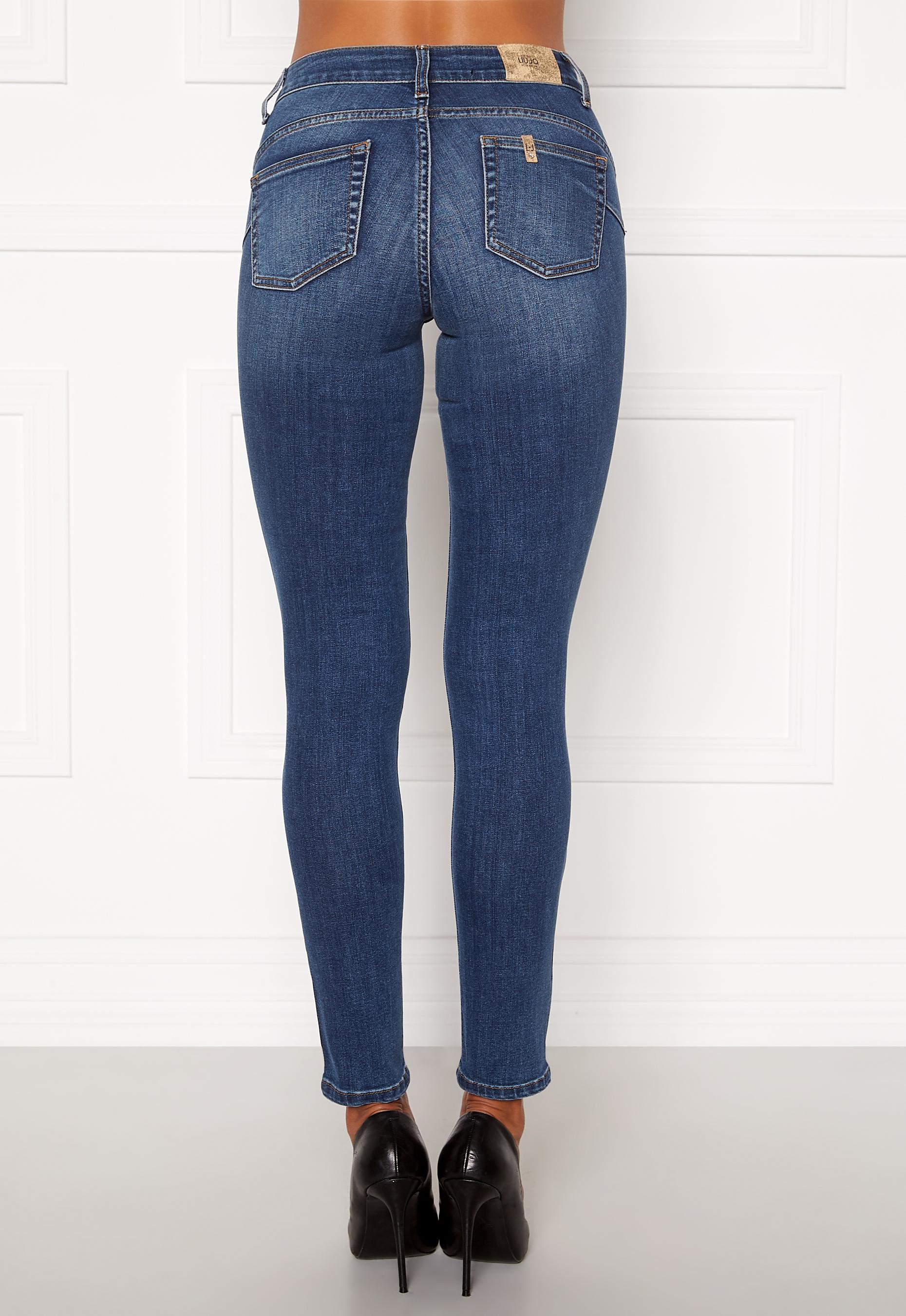 incondicional negar Línea de metal  Liu Jo B.Up Divine HW Jeans 77539 Den.Blue explo - Bubbleroom