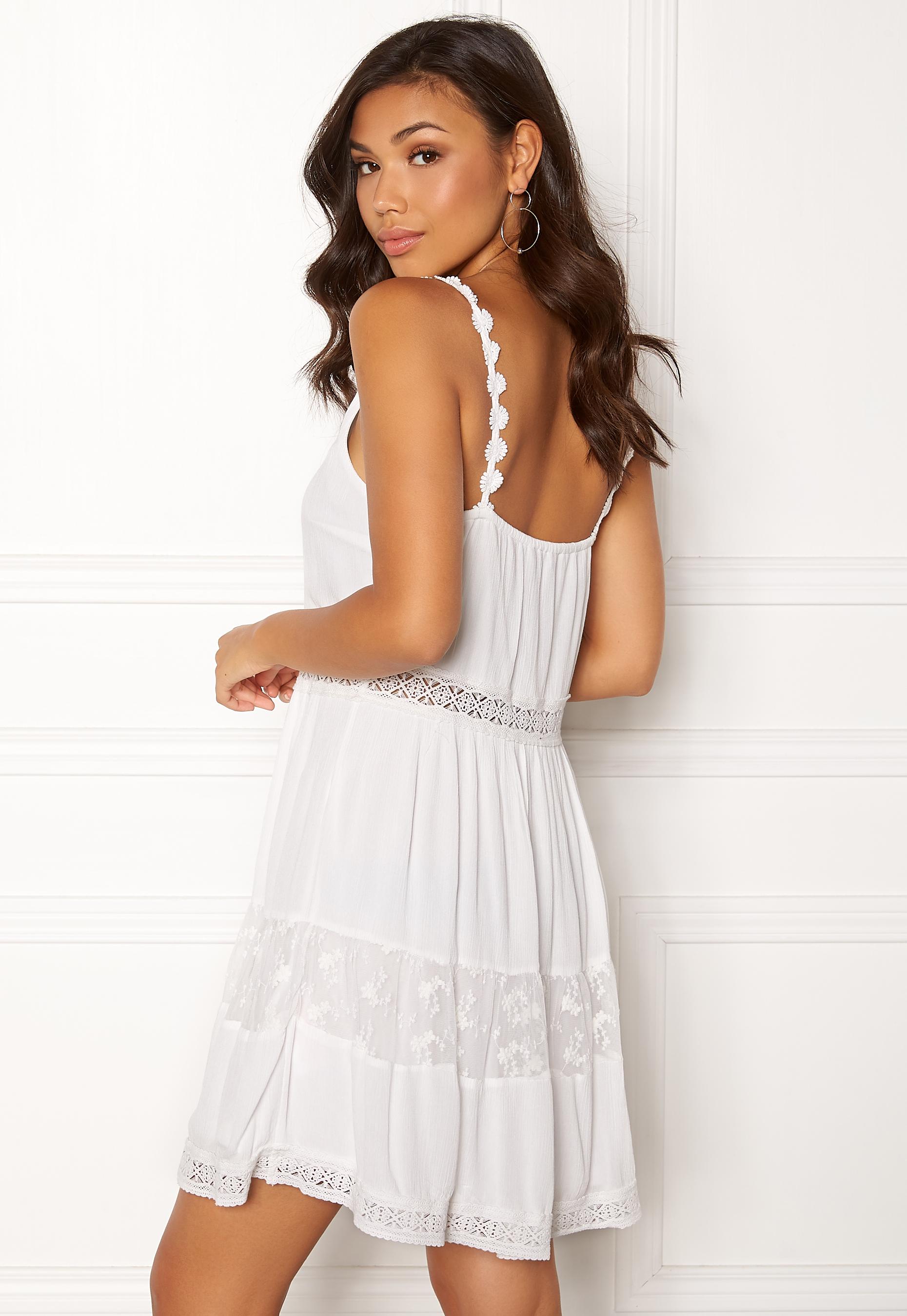a1d752b5f804f ONLY Annie S/L Lace Blocking Dress Cloud Dancer - Bubbleroom