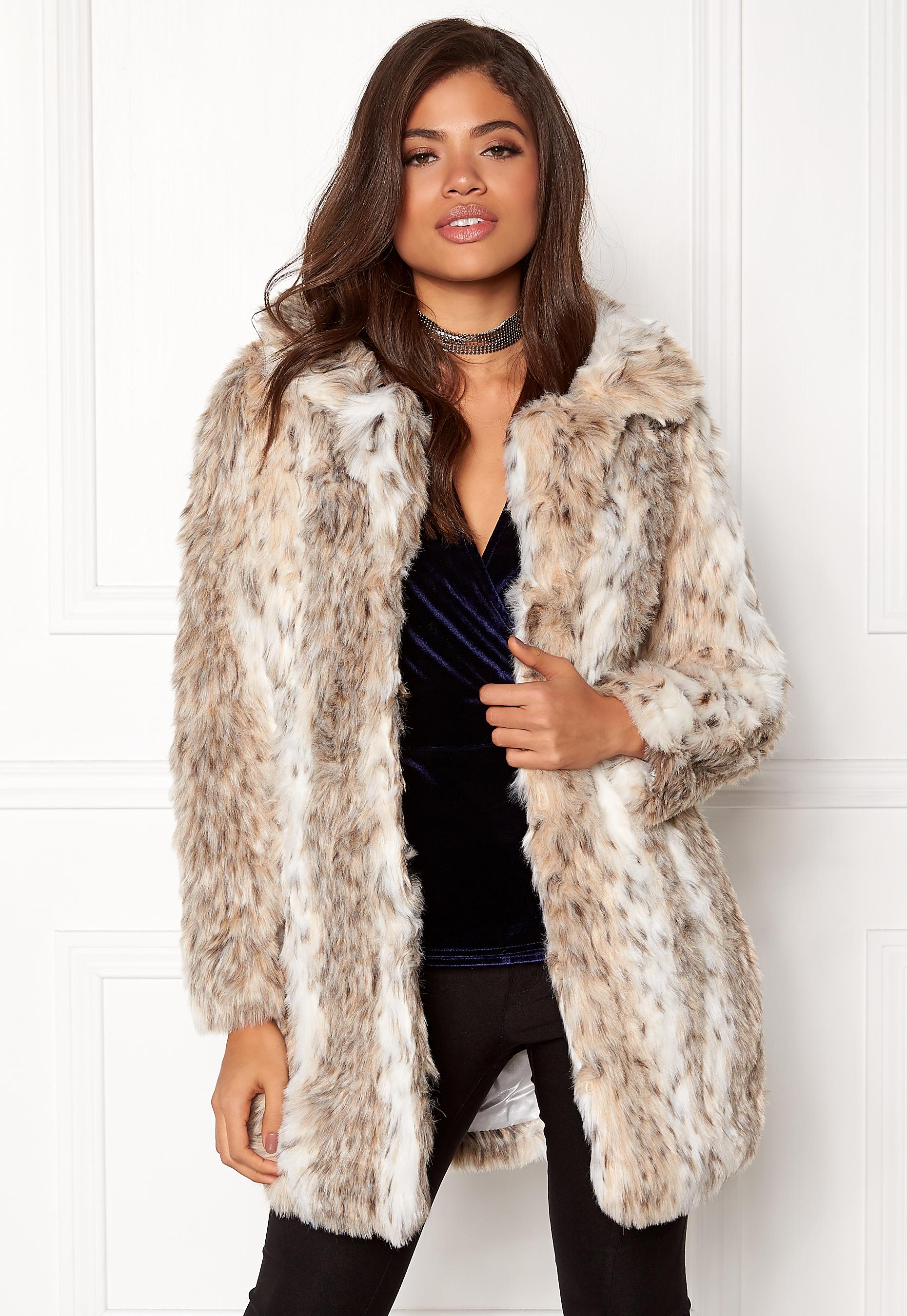 fd858b582b18 QED London Leopard Faux Fur Coat Snow Leopard - Bubbleroom
