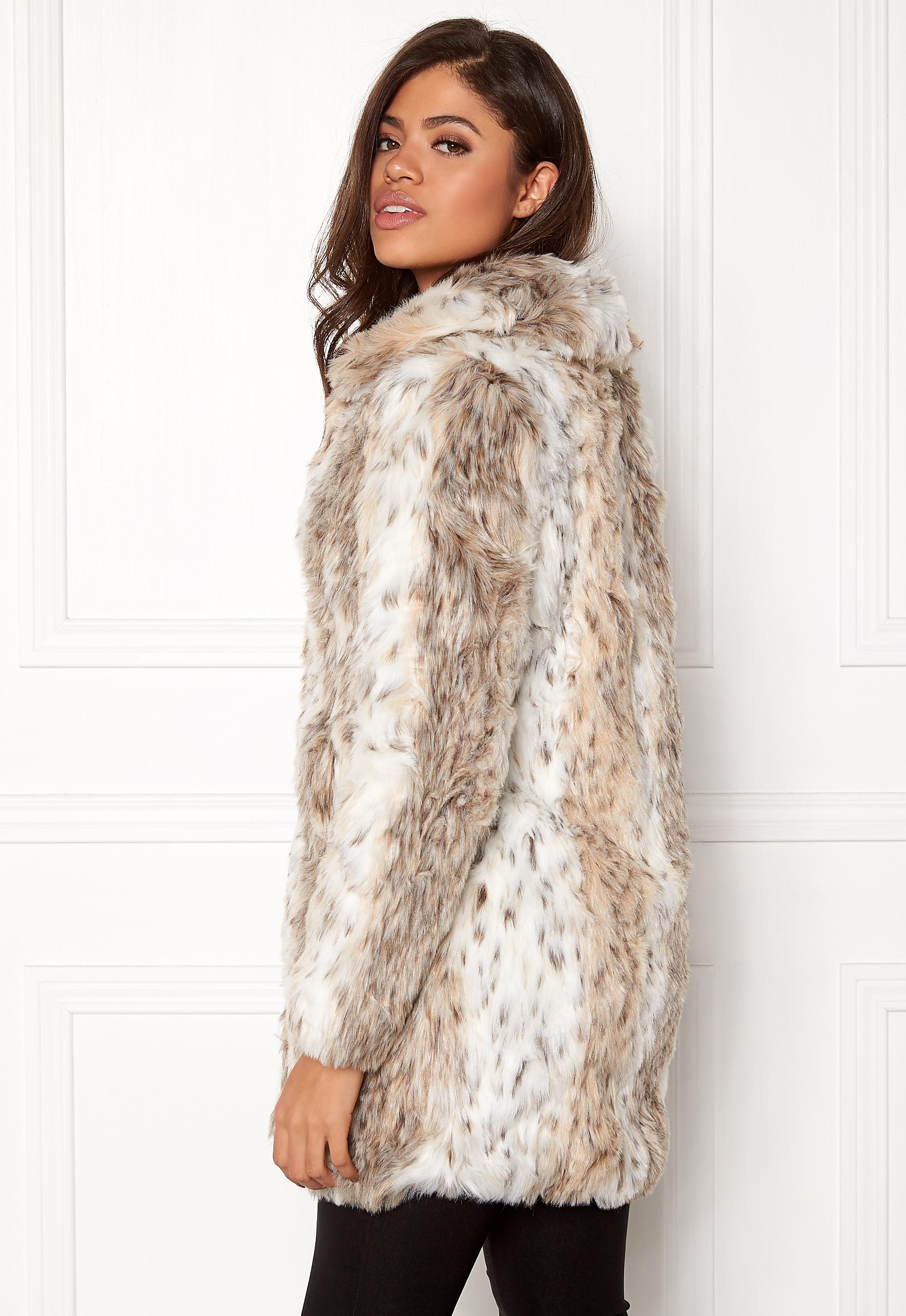 a03462ae83aa7 QED London Leopard Faux Fur Coat Snow Leopard - Bubbleroom