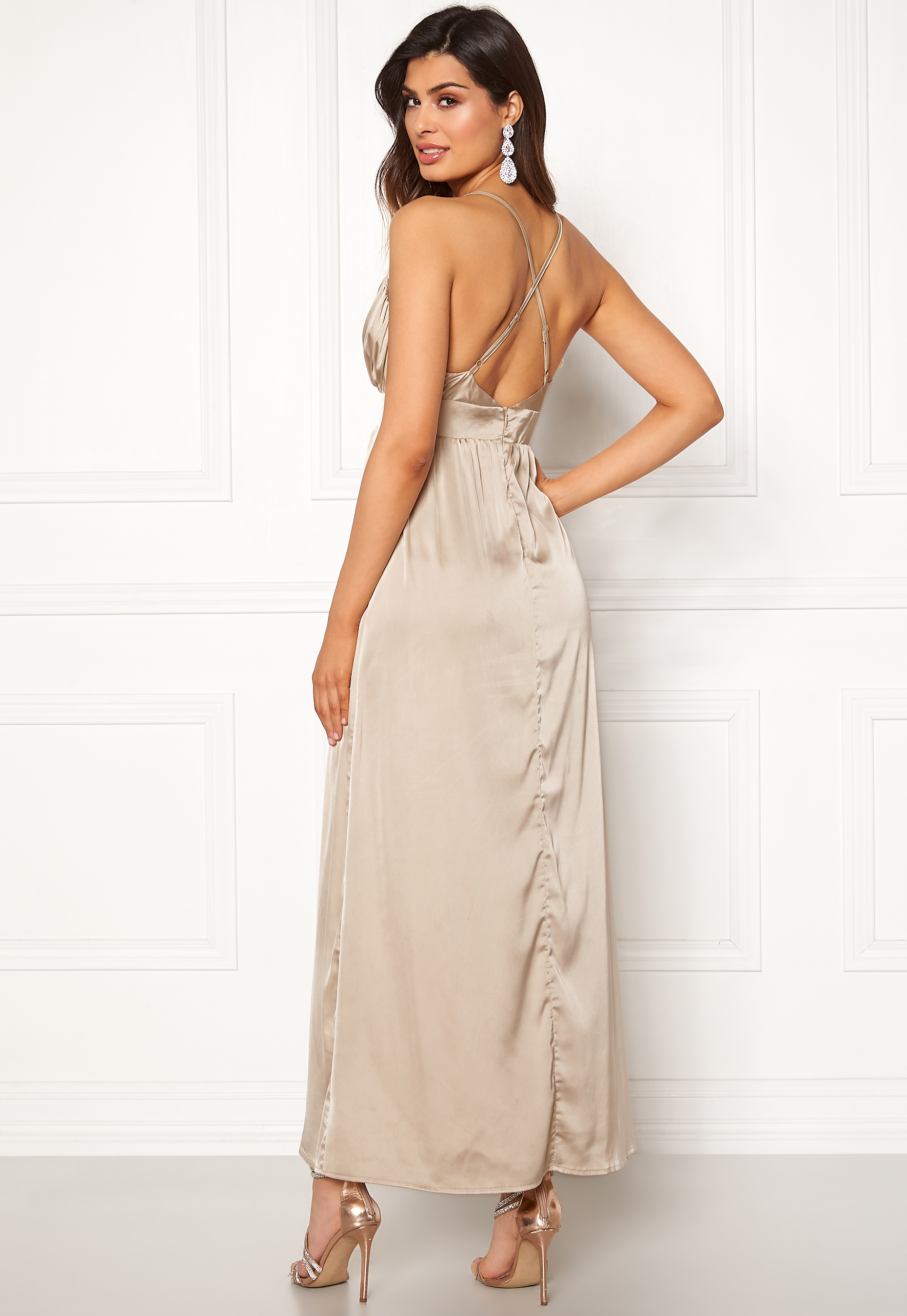 38bab267f4eb Sisters Point WD-43 Dress 117 Champagne - Bubbleroom