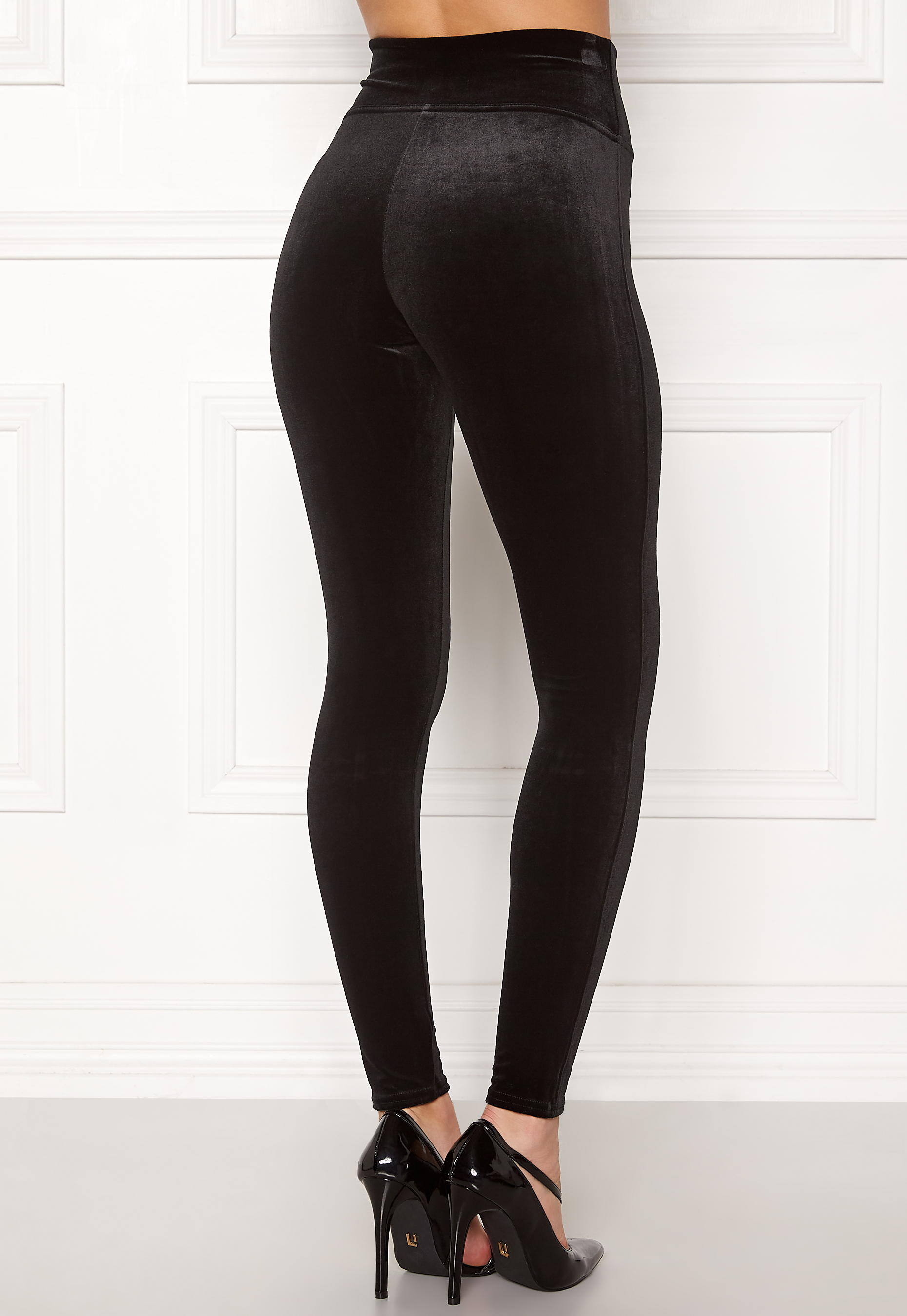 40c5fba60622c Spanx Velvet Leggings Very Black - Bubbleroom