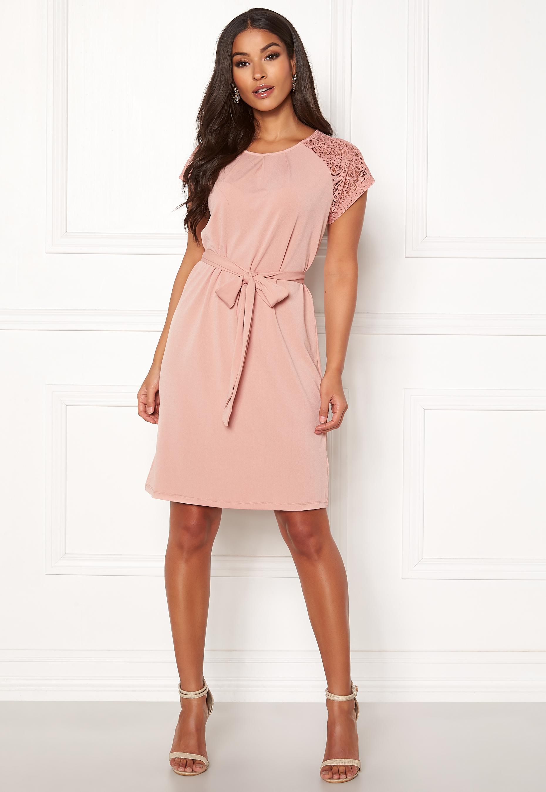 78495d6425f1 VERO MODA Alberta S S Lace Dress Misty Rose - Bubbleroom