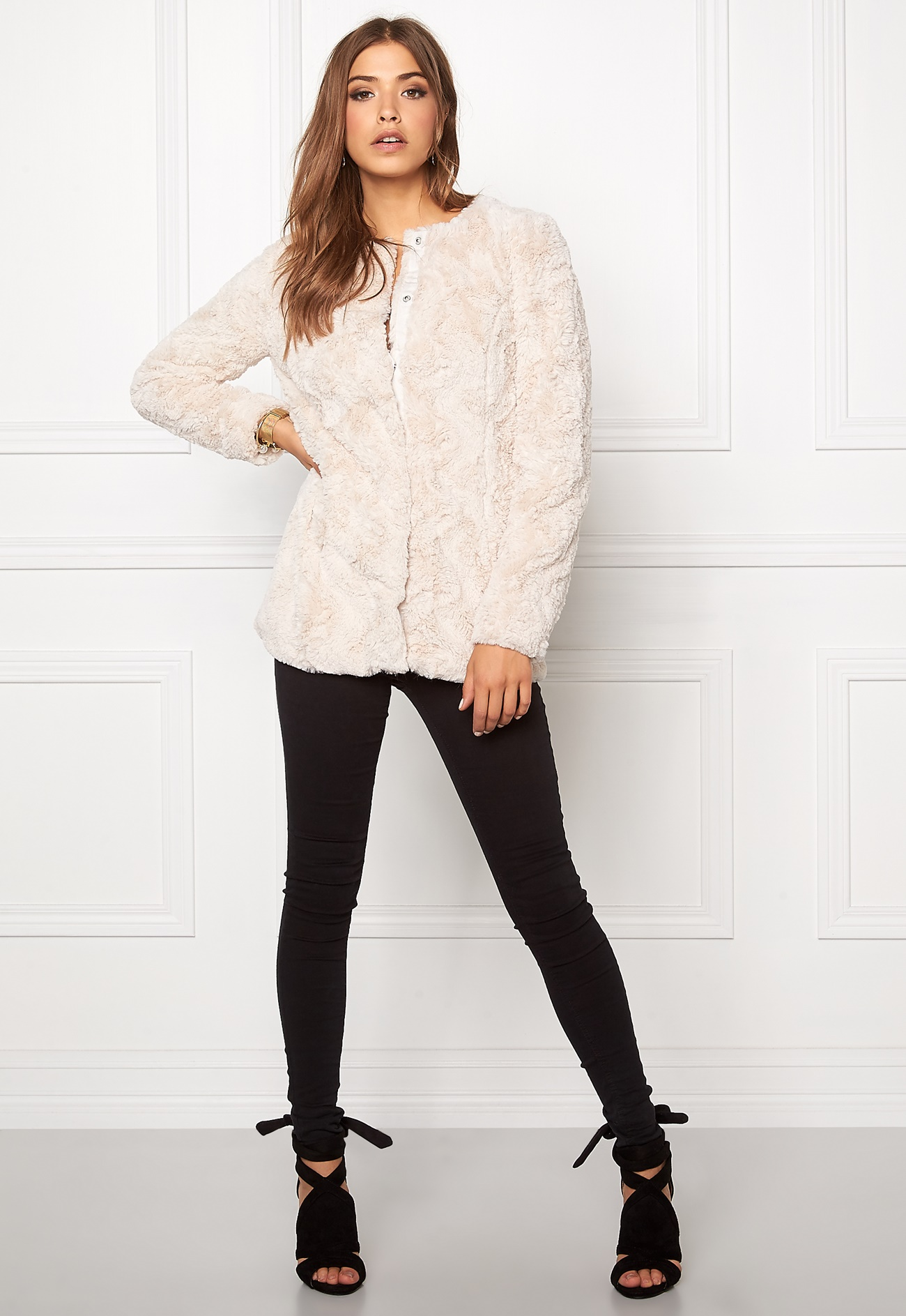 e22de3b25 VERO MODA curl long fake fur jacket Oatmeal - Bubbleroom