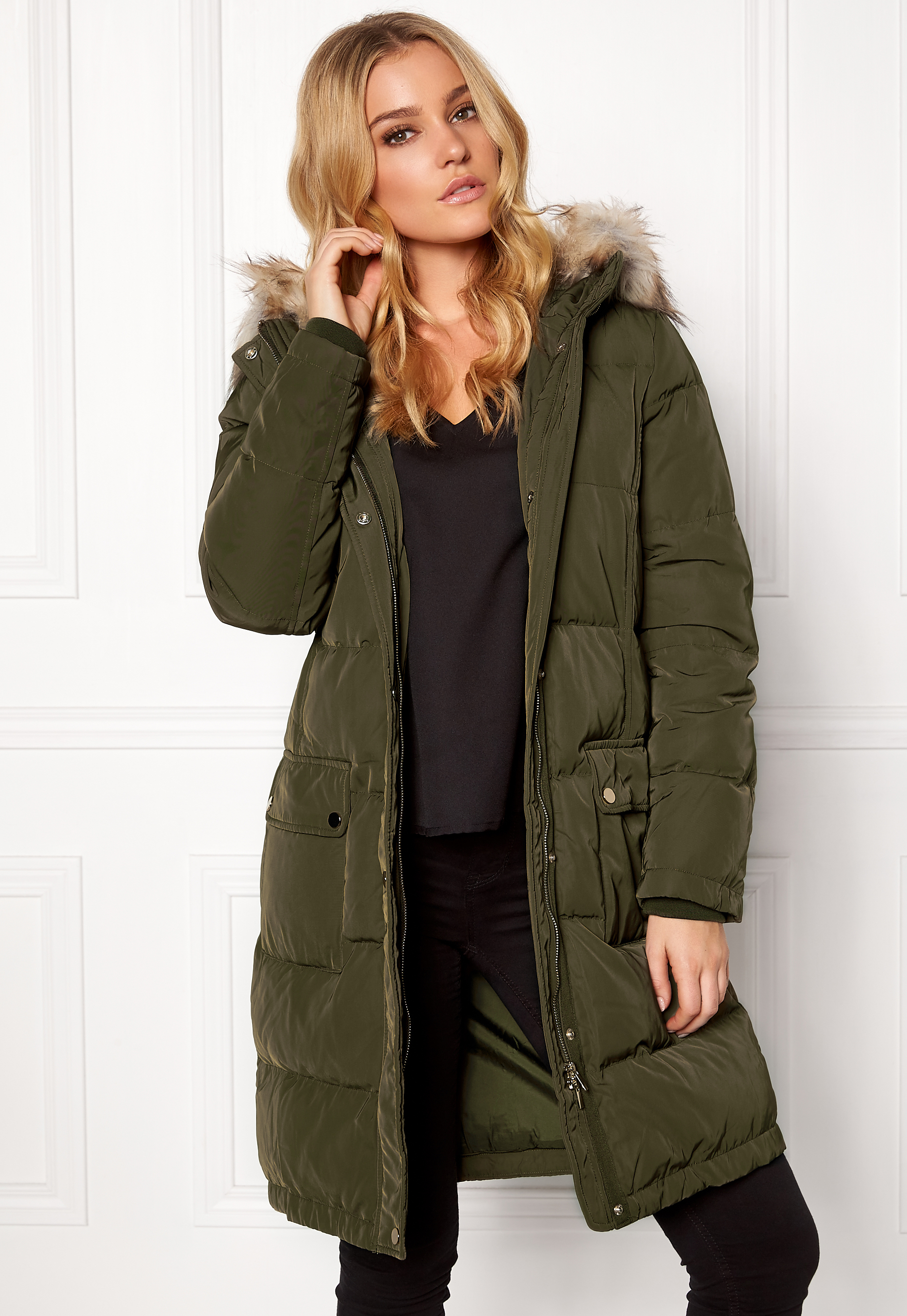 957a76a1 VILA California Down Coat Ivy Green - Bubbleroom